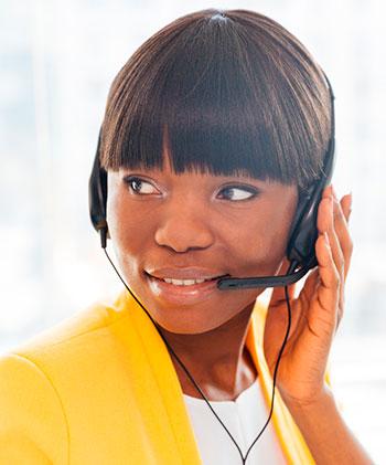 operador_telemarketing_mulher_guia_empregos_oamarelinho