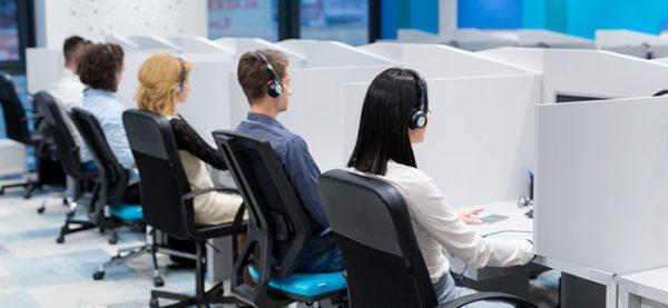 Imagem Sala de operadores de telemarkeitng