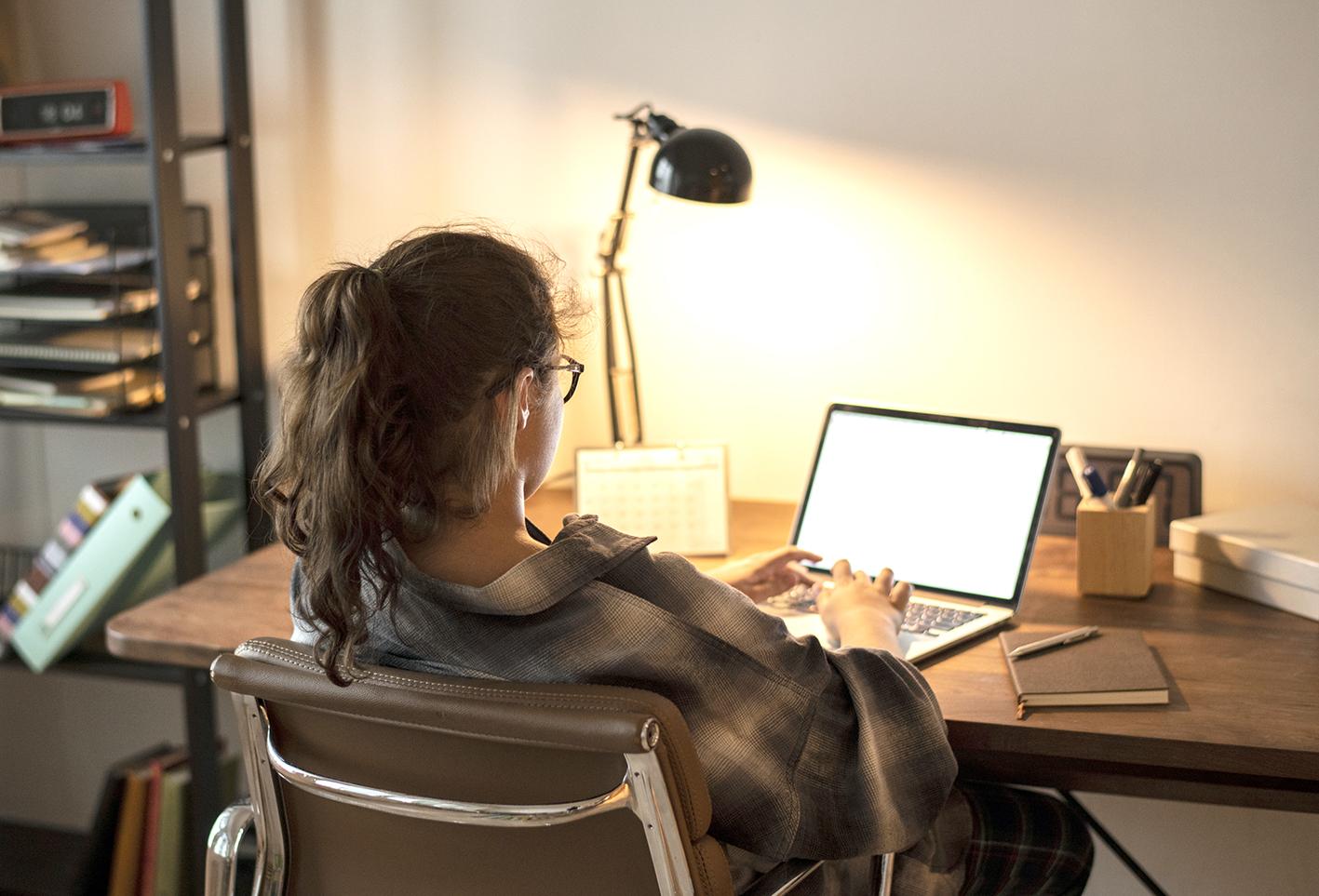 Home office exige disciplina e organização para dar certo