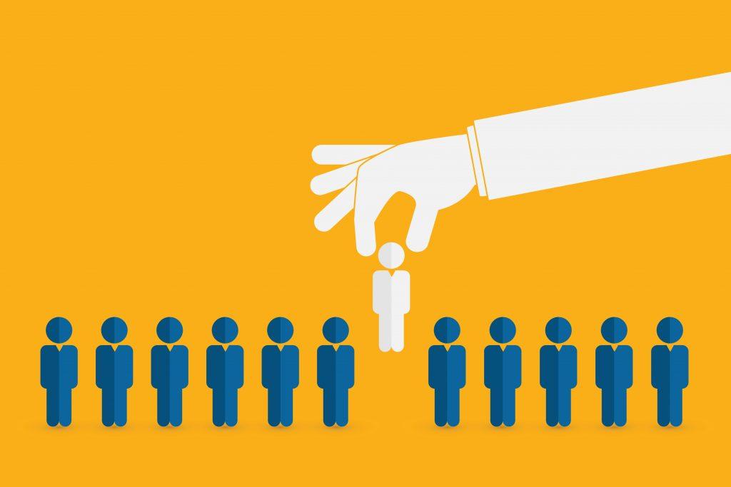 Três passos para se destacar no mercado de trabalho