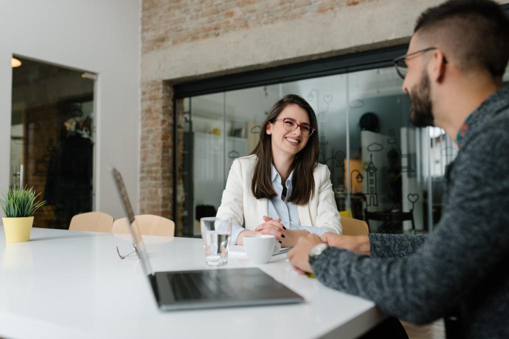 Fuja desses clichês na hora da entrevista de emprego