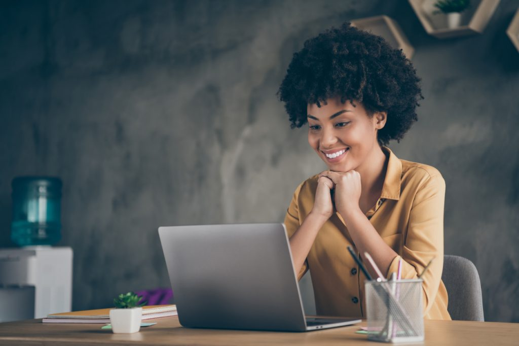 Ação do Sebrae-SP prepara empreendedor para ter negócio online
