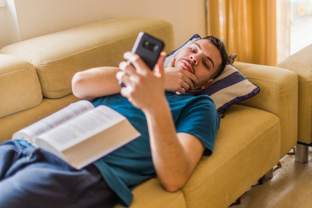 Você sabe o que é procrastinação? Veja como evitá-la