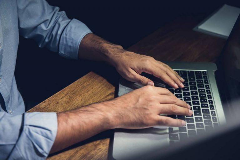Três hábitos que aumentam as chances de conseguir um emprego