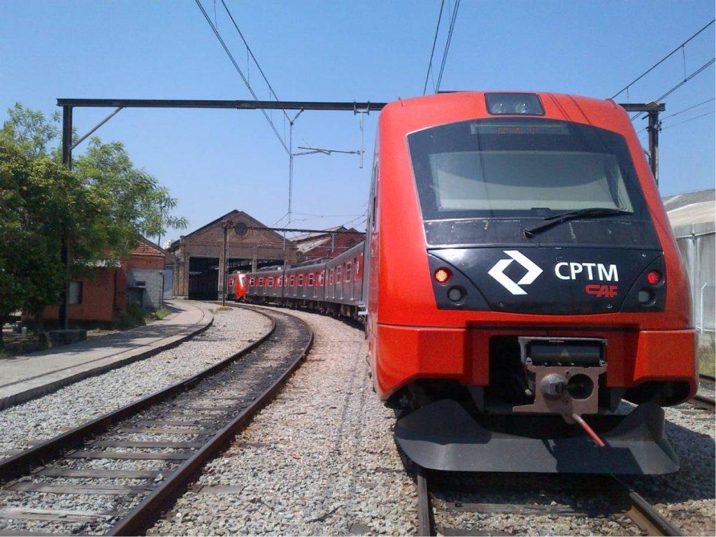 Desempregados podem usar trens e metrô de graça