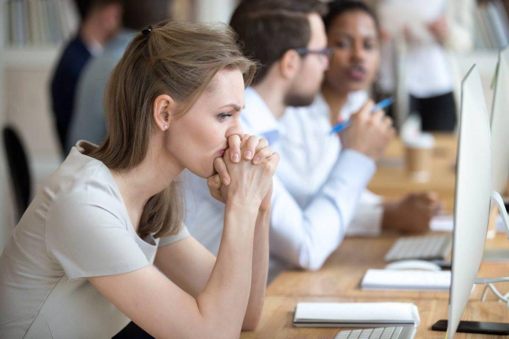 Como a autossabotagem pode impedir o sucesso profissional?