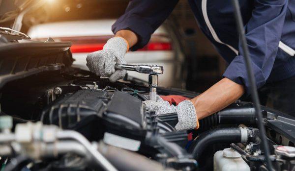 Adquira noções básicas para trabalhar como mecânico